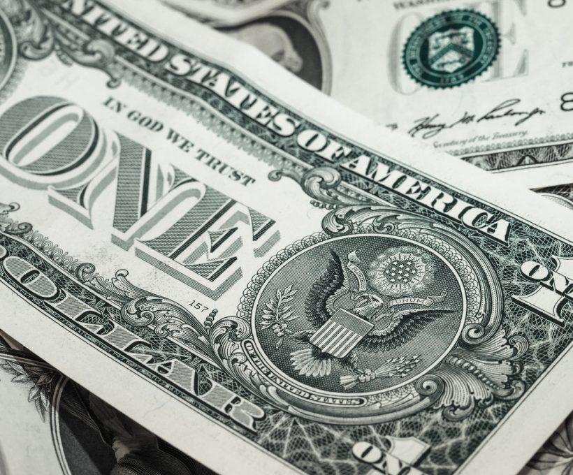 Soll man kurz- oder langfristig investieren? Finde heraus, was man wählen soll!