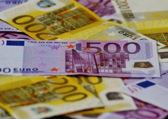 Umtausch der Landeswährung in einem dem Euro-Währungsgebiet beitretenden Land